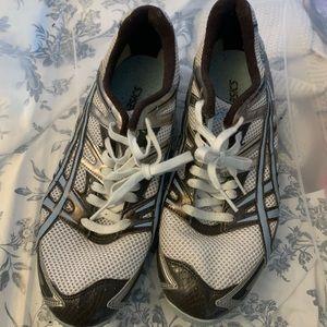 Oasis gel diva athletic shoes 👟